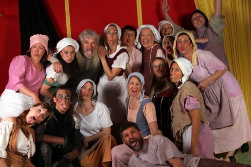 janvry-spectacle-troupe-enfant-des-sources